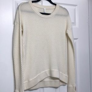Lululemon sweater top